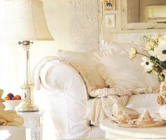 Coastal Home: Style Starboard: One Can Dream With White & Cream Cream And White Living Room, Cream Living Rooms, All White Room, Coastal Living Rooms, White Rooms, Shabby Chic Cottage, Cottage Style, Cottage House, Modern Kitchen Interiors