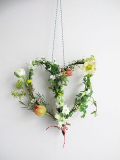 Kinfolk Flower Potluck gathering at Restored - heart made by Studio Sjoesjoe
