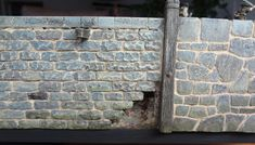 In this article I describe the way I paint stonework on my models. From cobblestone streets to the walls of medieval houses - they all are p...