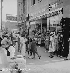 AftAfternoon Social | 1939  Mainstreet, Pittsboro, North Carolina, on a Sunday afternoon, 1939.   Courtesy of Blackhistoryalbum.com, The Way We Were. Follow Us On Twitter @blackhistoryalbernoon Social | 1939