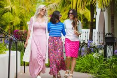 Woman Veteran Owned LuLaRoe Start-Up.