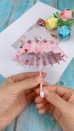 Diy Crafts Hacks, Diy Crafts For Gifts, Diy Arts And Crafts, Creative Crafts, Paper Crafts Origami, Paper Crafts For Kids, Diy Paper, Instruções Origami, Origami Dress