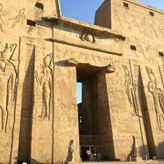 el Templo de Horus de Edfu3