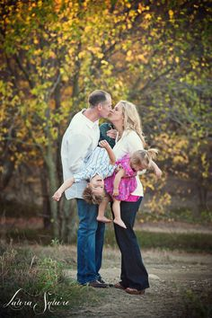 love! LS is the BEST! family photography