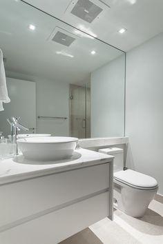 Blanco, blanco en tu baño. ¿lo quieres?