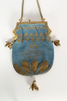 A fine blue silk and gold thread reticule bearing the cypher of Queen Caroline, c. 1820-1821, Kerry Taylor Auctions