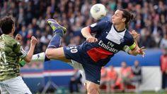 Zlatan Ibrahimovic vainqueur du trophée UNFP 2013/2014 du plus beau but de la saison de L1. But à la 10' contre Bastia (score final 4-0) rencontre de la 10ème journée aller #IbraEstMagique #PSG #ChampionMonFrere #IciCestParis S__H