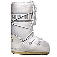Who didn t want Moon Boots with bread bags in them so your feet didnt get  wet. a65c41432011