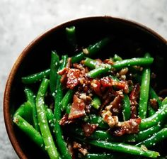Green Beans with Bacon & Candied Pecans ~ a festive menu plan for the holidays