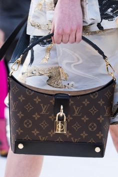 158b676bb8 Louis Vuitton Cruise 2018 Show in Kyoto, Japan: All The Bags You Need To See