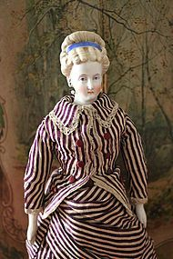 Lovely German Parian with Interesting Hair Style - Precious Toys #dollshopsunited