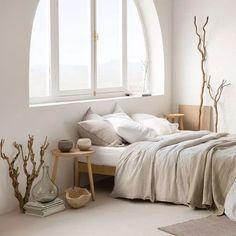Zara home Linge de lit lin Minimal Bedroom Design, Minimalist Bedroom, Minimalist Window, Design Bedroom, Bedroom Decor On A Budget, Farmhouse Bedroom Decor, Bedroom Ideas, Diy Bedroom, Home Interior
