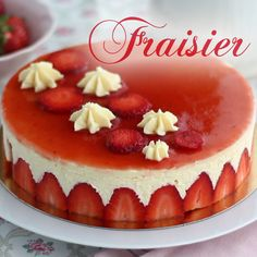 A recipe that will sublime your strawberries and will take you to a French pastry chef level! - Recipe Dessert : Fraisier cake, the french way to heaven by. Easy Cake Recipes, Easy Desserts, Delicious Desserts, Dessert Recipes, Elegant Desserts, Yummy Food, Fraisier Recipe, Bavarois Recipe, Philadelphia Torte