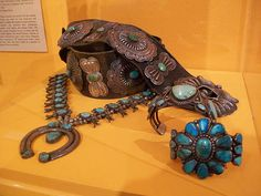 This is some fine Navajo turquoise jewelry. I could enjoy that stuff!!!!!