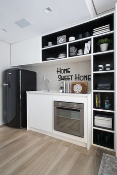 The Best of Little Apartment Kitchen Decor - Home of Pondo - Home Design Küchen Design, House Design, Interior Design, Apartment Kitchen, Kitchen Interior, Rustic Kitchen, Kitchen Decor, Kitchen Small, Quirky Kitchen