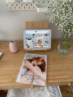 Study Inspiration, Interior Inspiration, Photography Tips Iphone, Trends, Healthy Life, Magazine Rack, Polaroid Film, Paris, Image