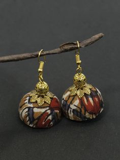 When picking gold earrings you require to look at the gold's karat element. Different karat numbers are what explain simply just how much pure gold is in the earrings. Beaded Earrings, Earrings Handmade, Handmade Jewelry, Gold Earrings, Fabric Necklace, Fabric Jewelry, Fashion Jewelry Stores, Fashion Jewellery, Jewellery Sale
