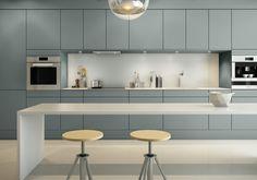 A la Carte -keittiöt Neve Kitchen Lamps, Kitchen Dining, Contemporary Kitchen Cabinets, Kitchen Cabinet Colors, Scandinavian Kitchen, Farmhouse Style Kitchen, Küchen Design, Kitchen Styling, Interior Design Kitchen