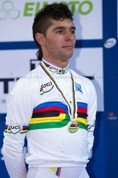 Fernando Gaviria sumó la quinta medalla de oro para Colombia en Mundiales élite de pista. Vencedor en Prueba del Omnium 2015. Cycling Wear, Pro Cycling, Mark Cavendish, Pista, Grand Tour, Olympics, Racing, Bike, World Championship