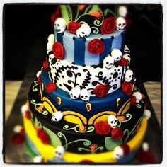 Amazing day of the dead cake by Anne-Marie Nichols, via Flickr