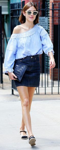 Alexa Chung Styles The Perfect Summer Outfit