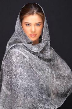 indian_beauty_Urvashi_Sharma_2_by_indianartsupporter