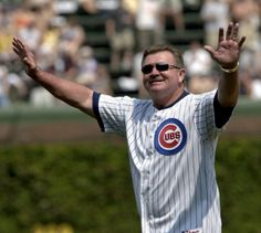 Mike Ditka before a Cubs game in 2005.