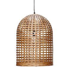 Cette superbe suspension en bambou, de la marque danoise Hübsch, apportera douceur et naturel à votre intérieur. On aime le travail du tressage réalisé qui donne à cette suspension en bambou beaucoup de légèreté.<br /> Dimensions : Ø 42 x H 60 cm    <br /> Disponible fin mai.<br />