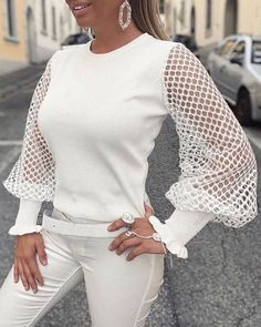 Style:Fashion Pattern Type:Solid Material:Polyester Neckline:Round Neck Sleeve Style:Long Sleeve Length:Regular Occasion:Casual Package Blouse Note: There might be difference according to manual measurement. Please check the measurement chart. Trend Fashion, Fashion 2020, Fashion Outfits, Style Fashion, Fashion Blouses, Long Sleeve Tops, Fashion Pattern, Tops Online Shopping, Polka Dot Blouse
