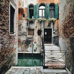 Venice / photo by Unique Lapin