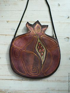 Купить Сумочка-кармашек Гранат - сумка, авторская сумка, кармашек, бордовый, гранат, фрукты, замша