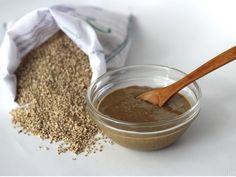 Tahini casero, una receta muy saludable, muy útil y con muchos usos en la cocina.