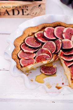 mascarpone maple syrup fig tart//