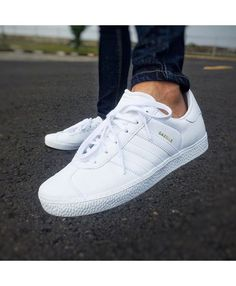 adidas gazelle leather trainers in white