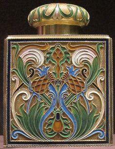 Art Nouveau : Tea caddy, silver gilt, opaque cloisonné enamel, House of Fabergé Tea Caddy, Art Nouveau, Tea Canisters, Tea Tins, Tea Box, Tea Service, Artist Gallery, Pottery Art, Decoration