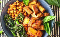 Sriracha Tofu Bowl [Vegan, Gluten-Free]