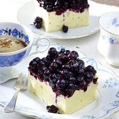 Heidelbeer-Käsekuchen Rezept   LECKER Cookie Desserts, No Bake Desserts, Delicious Desserts, Yummy Food, Chocolate Cheesecake Recipes, Blueberry Cheesecake, Pastry Recipes, Cupcake Recipes, Nutella French Toast