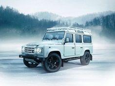 Land Rover Defender, frozen lake