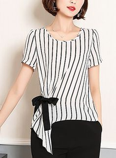 Polyester stripe round neck short sleeve Casual dress T-shirt Blouse Styles, Blouse Designs, Modest Fashion, Fashion Dresses, Blouse Dress, Pulls, Street Style Women, Dress Patterns, Ideias Fashion