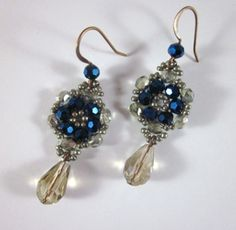 Woven Flower Earrings  •  Free tutorial with pictures on how to make a pair of woven bead earrings in under 60 minutes