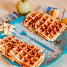 """Ника Ситник🐾 on Instagram: """"Доброе утро!! Классно когда в детстве просыпаешься, а с кухни пахнет вкусным!! И скорее прям бежишь посмотреть что же мама там печёт такое…"""" Waffles, Breakfast, Food, Morning Coffee, Essen, Waffle, Meals, Yemek, Eten"""