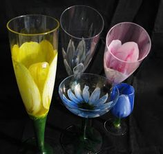 Pomysły plastyczne dla każdego DiY - Joanna Wajdenfeld: Kwiaty w kieliszkach - malowanie na szkle