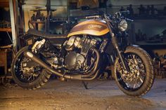 The Suzuki Inazuma 750 Scrambler: Too sexy to scramble? Here is a great example of what a scrambler could and should look like; it's the product of Rock Suzuki Gsx 750, Moto Suzuki, Suzuki Motorcycle, Cafe Racer Motorcycle, Motorcycle Gear, Brat Bike, Suzuki Cafe Racer, Inazuma Cafe Racer, Cafe Racers