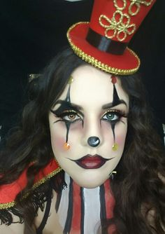 Ringmaster, Halloween, makeup, tutorial, how to, clown, creepy, ideas, face paint, body paint, circus, look, gold, red, glitter, costume, beauty.