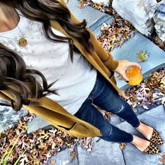 I would never go for leopard print shoes but they look really cute with this color cardigan! Love the pearls on the white shirt and the color of the cardigan!