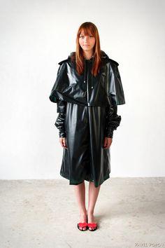 Dunkel grün Regenmantel für Damen Rainwear Verkauf von nadiakirpa