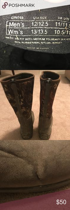 Muck Boots - Woody Max Used Muck Boots Woody Max's.  Highest insulation rating of muck boots! Size 12/12.5 men's.. left boot does have a small cut in outside rubber but does not leak Shoes Boots #MuckBoots