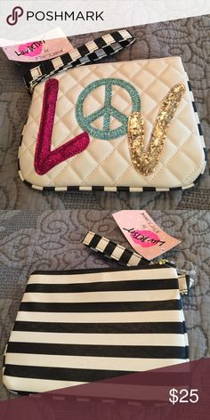 "Betsey Johnson wristlet Adorable! 8"" x 6"" Betsey Johnson Bags Clutches & Wristlets"