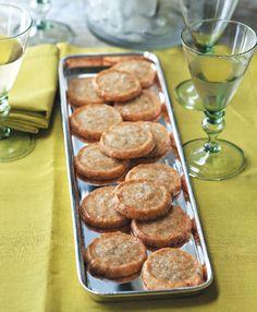 An easy, foolproof menu from Ina Garten - Hamptons Cottages & Gardens - December 2012 - Hamptons