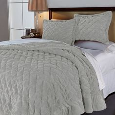 Concierge Collection Soft & Cozy Crinkle Comforter Set Gray King New #ConciergeCollection